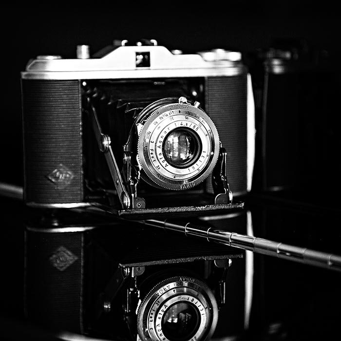 photograph of vintage camera agfa isolette