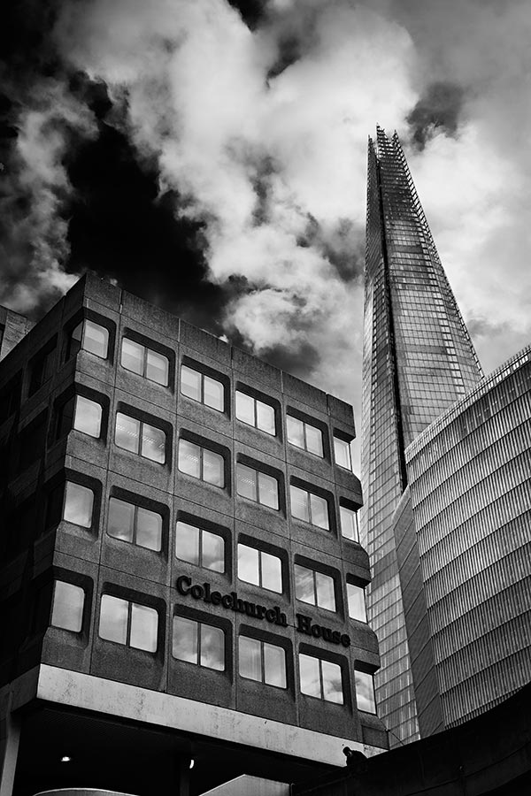 the shard in london from tooley street