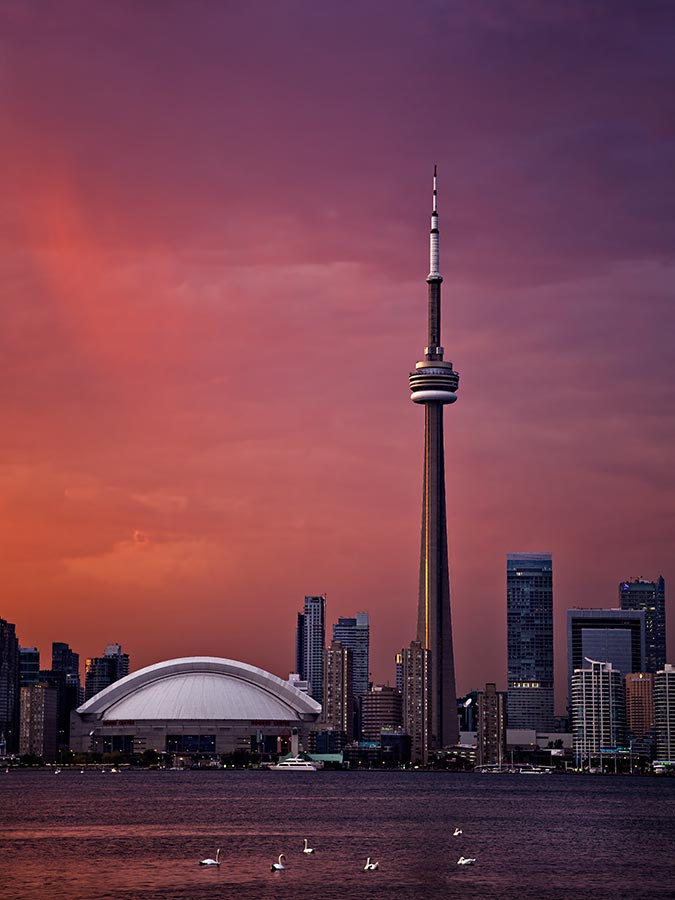 toronto sunset with cn tower